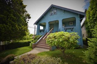 Main Photo: 2484 E 2ND Avenue in Vancouver: Renfrew VE House for sale (Vancouver East)  : MLS®# R2459875