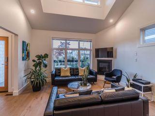 Photo 4: 5804 Linley Valley Dr in : Na North Nanaimo Half Duplex for sale (Nanaimo)  : MLS®# 863030