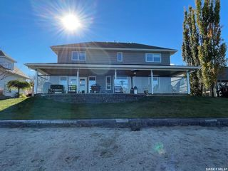 Photo 1: 376 Sparrow Place in Meota: Residential for sale : MLS®# SK874067