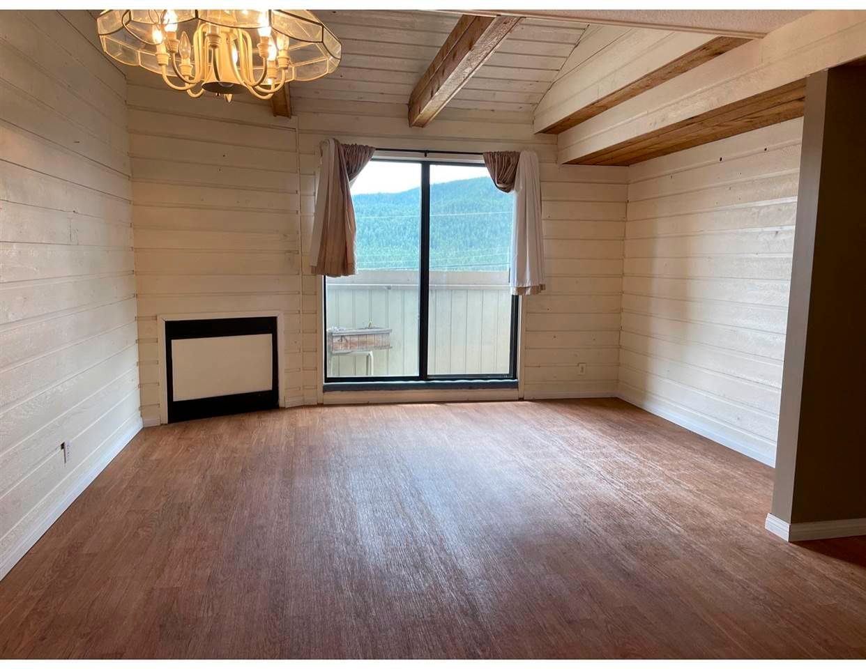 """Main Photo: 6 800 N 2ND Avenue in Williams Lake: Williams Lake - City Townhouse for sale in """"Highwood Park Townhomes"""" (Williams Lake (Zone 27))  : MLS®# R2591717"""