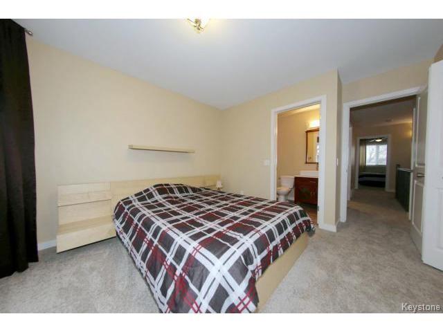 Photo 10: Photos: 1028 Southwood Avenue in Winnipeg: Fort Garry / Whyte Ridge / St Norbert Single Family Detached for sale (South East Winnipeg)  : MLS®# 1501899