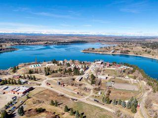 Photo 5: 215 Eagle Ridge Drive SW in Calgary: Eagle Ridge Detached for sale : MLS®# A1100294