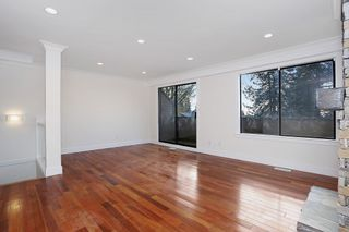 Photo 3: 3201 LONSDALE Avenue in North Vancouver: Upper Lonsdale Townhouse for sale : MLS®# R2123144