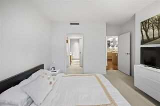 """Photo 11: 3603 1111 ALBERNI Street in Vancouver: West End VW Condo for sale in """"SHANGRI-LA"""" (Vancouver West)  : MLS®# R2521005"""