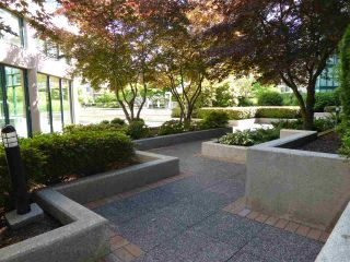 """Photo 20: 1703 1199 EASTWOOD Street in Coquitlam: North Coquitlam Condo for sale in """"SELKIRK"""" : MLS®# R2283280"""