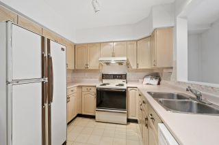"""Photo 12: 11 5575 PATTERSON Avenue in Burnaby: Central Park BS Townhouse for sale in """"ORCHARD COURT"""" (Burnaby South)  : MLS®# R2582794"""