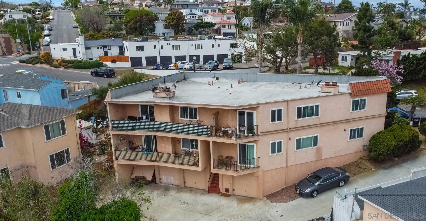Main Photo: POINT LOMA Property for sale: 2251 Mendocino Blvd in San Diego