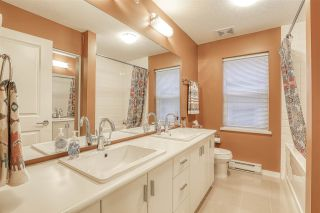 Photo 12: 18 19490 FRASER WAY in Pitt Meadows: South Meadows Townhouse for sale : MLS®# R2444045