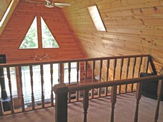 """Photo 13: 7571 CLEARVIEW Road: Deka Lake / Sulphurous / Hathaway Lakes House for sale in """"Deka Lake"""" (100 Mile House (Zone 10))  : MLS®# R2608820"""