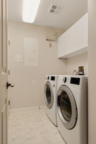 Photo 19: 2290 Amherst Ave in : Si Sidney North-East Half Duplex for sale (Sidney)  : MLS®# 876886