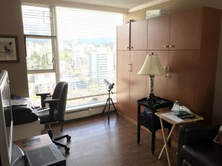 """Photo 14: 2403 120 W 2ND Street in North Vancouver: Lower Lonsdale Condo for sale in """"OBSERVATORY"""" : MLS®# R2252153"""