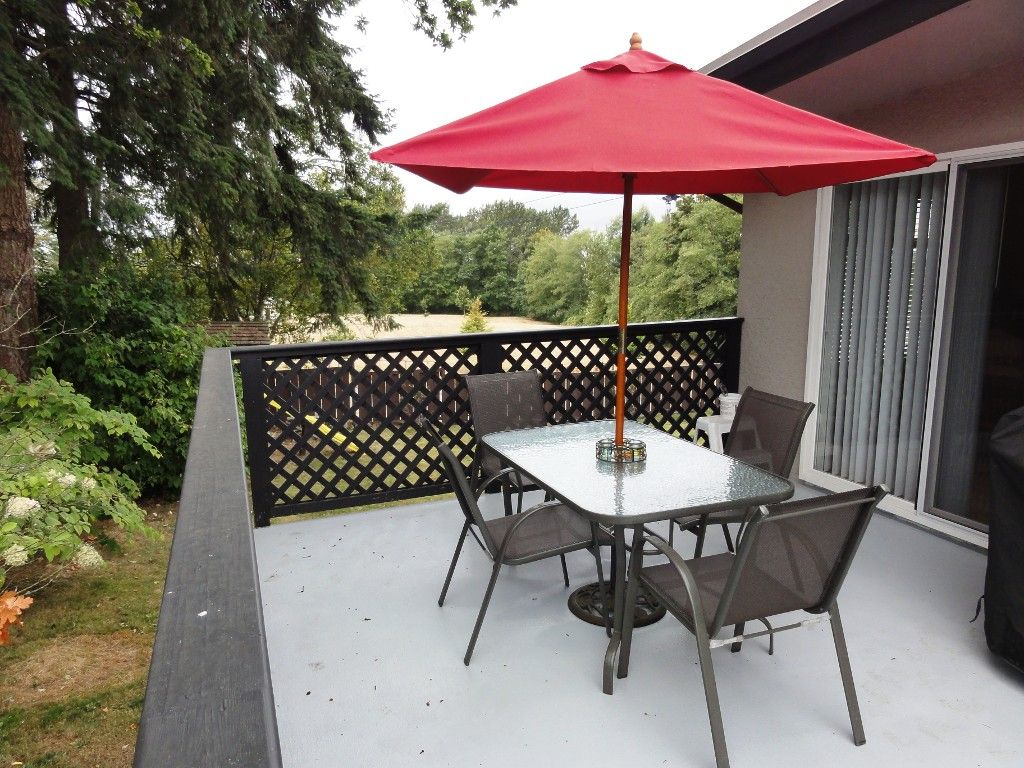 """Photo 13: Photos: 9791 115A Street in Surrey: Royal Heights House for sale in """"Royal Heights"""" (North Surrey)  : MLS®# F1123531"""