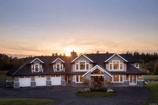 Photo 1: 4200 Blenkinsop Rd in : SE Blenkinsop House for sale (Saanich East)  : MLS®# 860144
