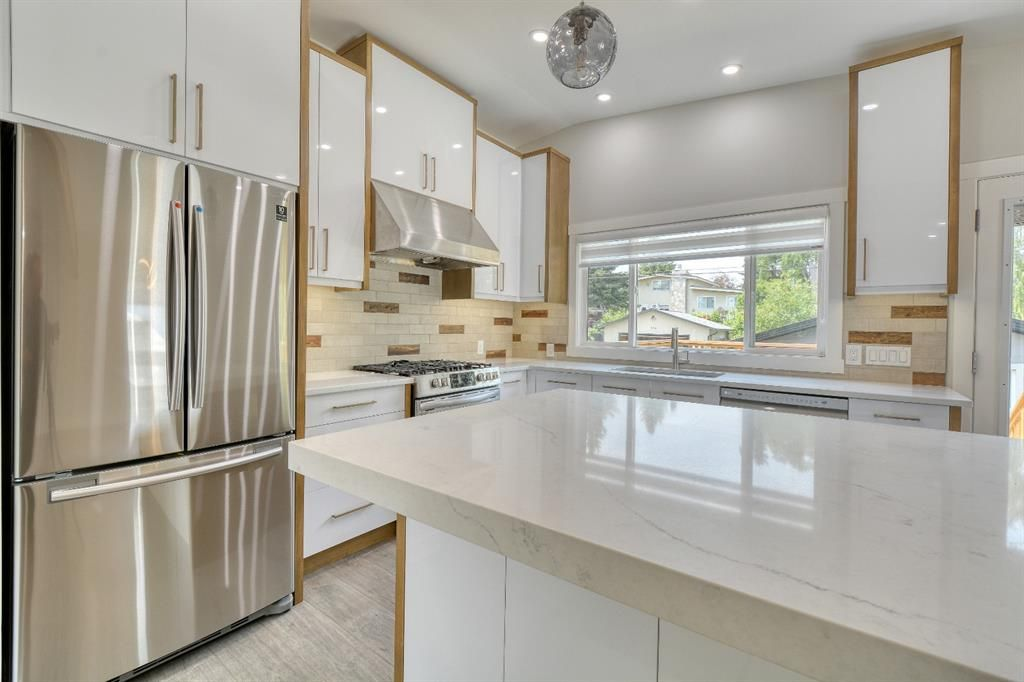 Photo 16: Photos: 12019 Canaveral Road SW in Calgary: Canyon Meadows Detached for sale : MLS®# A1126440