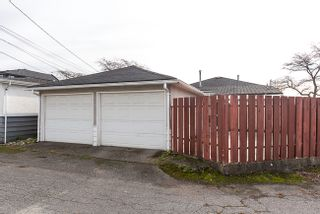 Photo 18: 3107 E 52ND AVENUE in Vancouver East: Killarney VE House for sale ()  : MLS®# R2011635