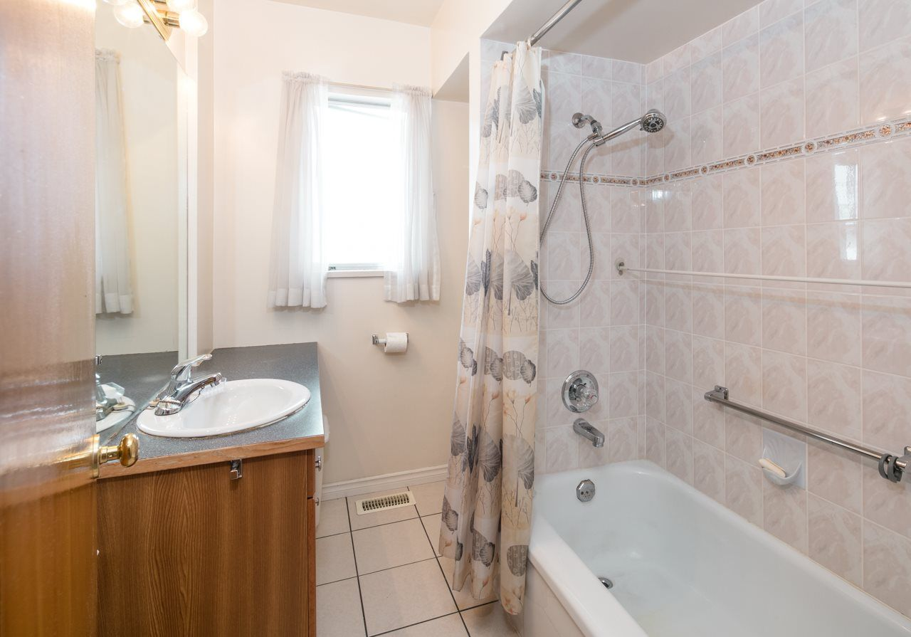 Photo 9: Photos: 3025 E 45TH Avenue in Vancouver: Killarney VE House for sale (Vancouver East)  : MLS®# R2083765