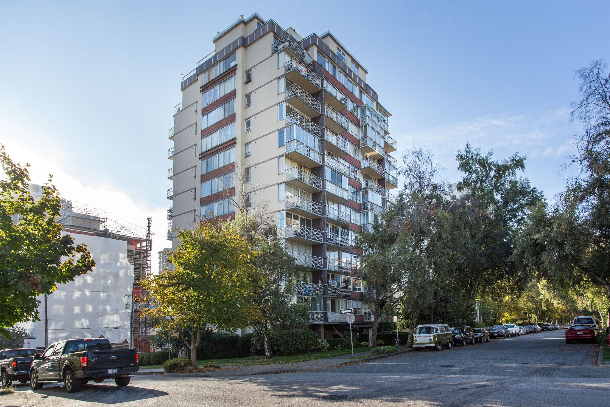 Main Photo: 404 1100 Harwood St in Vancouver: Downtown VW Condo for sale (Vancouver West)  : MLS®# R2506984