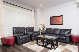 """Photo 4: 40 6971 122 Street in Surrey: West Newton Townhouse for sale in """"Aura"""" : MLS®# R2120843"""
