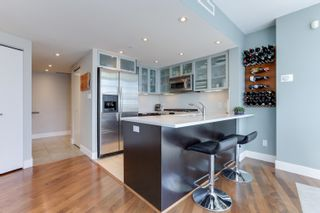 """Photo 7: 1505 1205 W HASTINGS Street in Vancouver: Coal Harbour Condo for sale in """"BCS2555"""" (Vancouver West)  : MLS®# R2617335"""