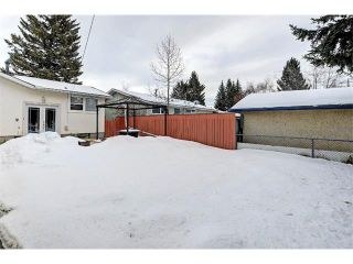 Photo 27: 6415 LONGMOOR Way SW in Calgary: Lakeview House for sale : MLS®# C4102401