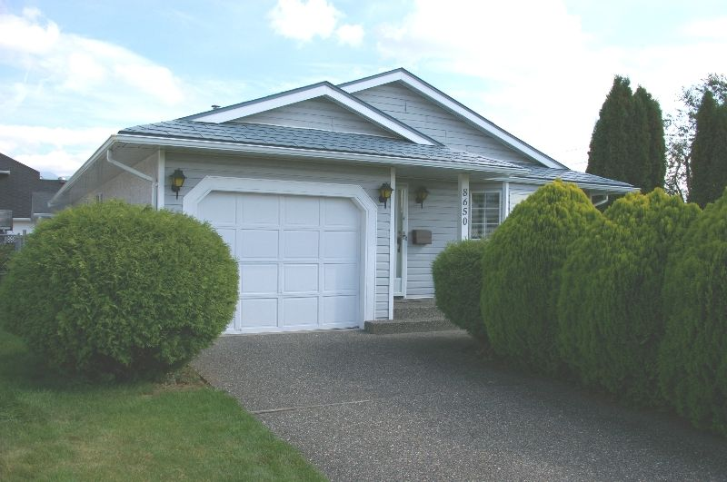 FEATURED LISTING: 8650 TILSTON ST Chilliwack