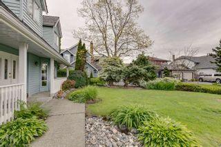 Photo 2: 5275 WELLBURN Drive in Delta: Hawthorne House for sale (Ladner)  : MLS®# R2165509