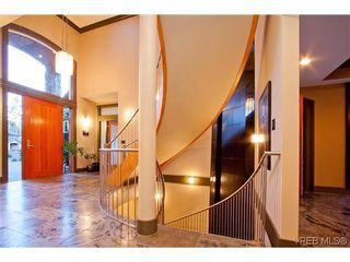 Photo 4: 1035 Loch Glen Pl in VICTORIA: La Glen Lake House for sale (Langford)  : MLS®# 616102