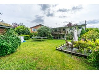 """Photo 14: 34564 HURST Crescent in Abbotsford: Abbotsford East House for sale in """"Robert Bateman"""" : MLS®# R2075159"""
