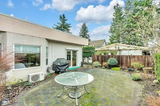 Photo 34: 15511 THRIFT Avenue: White Rock 1/2 Duplex for sale (South Surrey White Rock)  : MLS®# R2526609