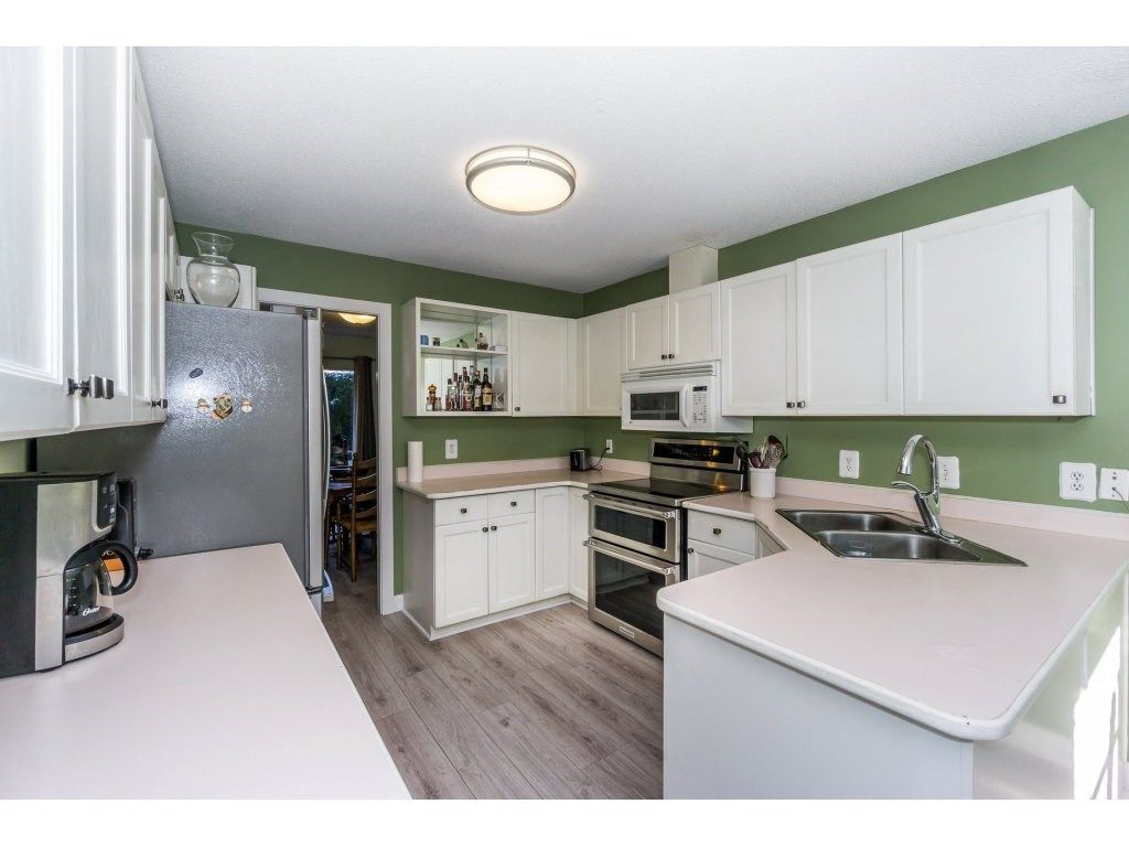 """Photo 7: Photos: 72 21928 48 Avenue in Langley: Murrayville Townhouse for sale in """"Murray Glen"""" : MLS®# R2229327"""