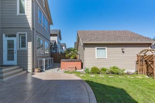 """Photo 18: 17309 3A Avenue in Surrey: Pacific Douglas House for sale in """"SUMMERFIELD"""" (South Surrey White Rock)  : MLS®# R2347272"""