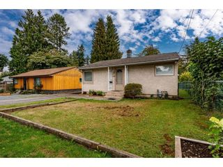 """Photo 2: 2304 MOULDSTADE Road in Abbotsford: Abbotsford West House for sale in """"CENTRAL ABBOTSFORD"""" : MLS®# R2618830"""