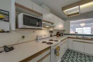 """Photo 3: 401 1050 BOWRON Court in North Vancouver: Roche Point Condo for sale in """"Parkway Terrace"""" : MLS®# R2415471"""