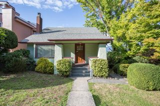 """Photo 3: 3635 W 14TH Avenue in Vancouver: Point Grey House for sale in """"POINT GREY"""" (Vancouver West)  : MLS®# R2615052"""