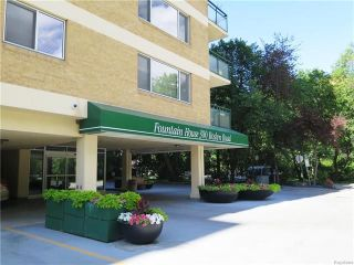 Photo 1: 11C 300 Roslyn Road in Winnipeg: Osborne Village Condominium for sale (1B)  : MLS®# 1818378
