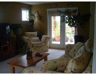 Photo 3: 5661 NICKERSON RD in Sechelt: Sechelt District House for sale (Sunshine Coast)  : MLS®# V540214