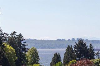 Photo 16: 303 1425 ESQUIMALT Avenue in West Vancouver: Ambleside Condo for sale : MLS®# R2265754