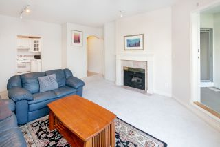 Photo 4: 213 5735 HAMPTON PLACE in Vancouver: University VW Condo for sale (Vancouver West)  : MLS®# R2421216