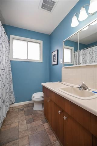 Photo 8: 697 Patricia Avenue in Winnipeg: Fort Richmond Residential for sale (1K)  : MLS®# 1911223