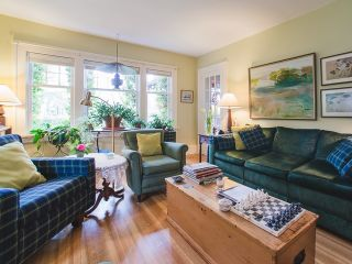 Photo 2: 6192 LARCH Street in Vancouver: Kerrisdale House for sale (Vancouver West)  : MLS®# R2416287
