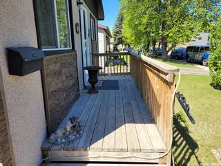 Photo 2: 25 Maxwell Crescent in Saskatoon: Massey Place Residential for sale : MLS®# SK856856