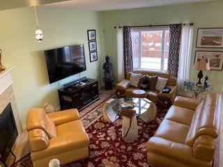 Photo 3: 205 Silverstone Crescent: Stony Plain House for sale : MLS®# E4257739