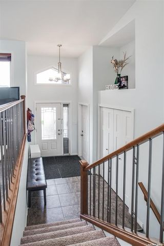 Photo 6: 607 1st Avenue North in Warman: Residential for sale : MLS®# SK858706