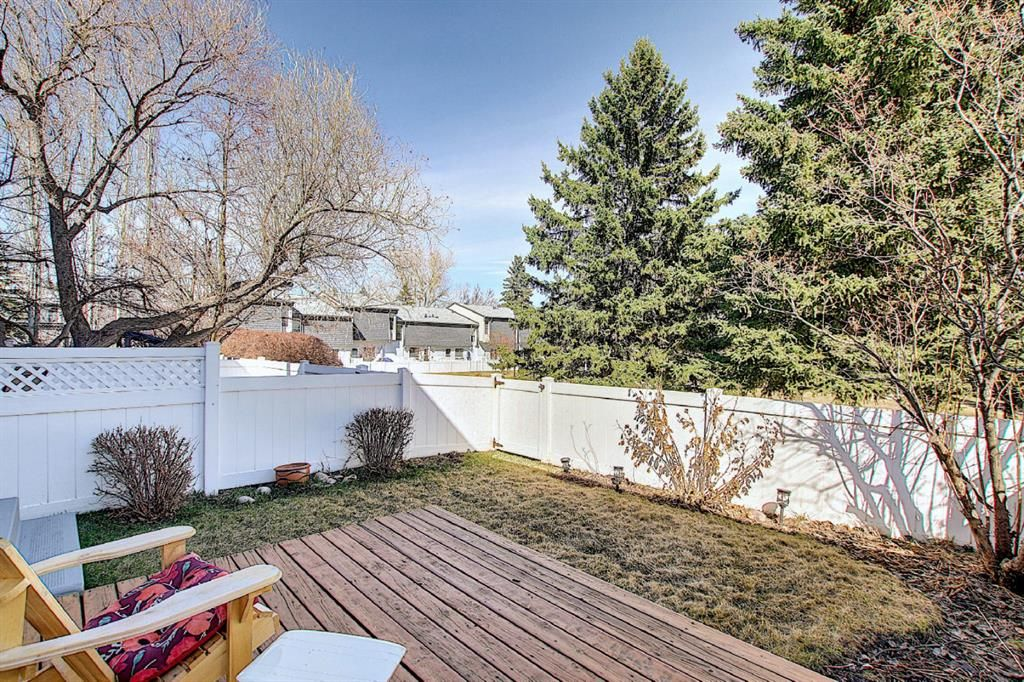 The best location in the complex: park-like setting  from your own backyard!