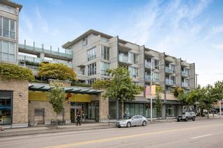 Photo 2: 428 2008 PINE Street in Vancouver: False Creek Condo for sale (Vancouver West)  : MLS®# R2609070