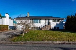 Photo 1: 45355 WESTVIEW Avenue in Chilliwack: Chilliwack W Young-Well House for sale : MLS®# R2542911