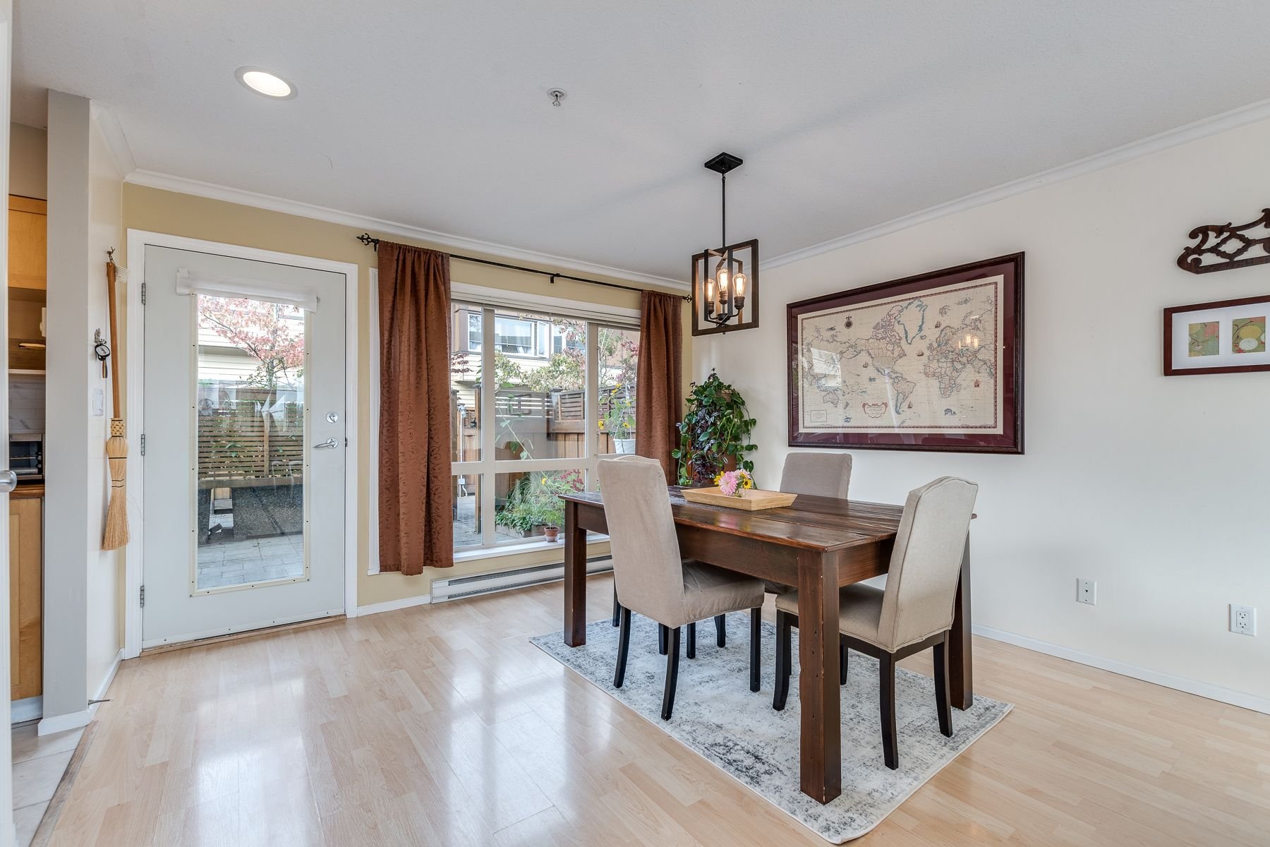 Photo 8: Photos: 7-2389 Charles St in Vancouver: Grandview Woodland Townhouse for sale (Vancouver East)
