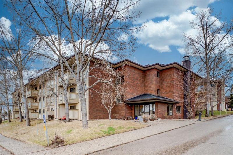 FEATURED LISTING: 4107 - 385 Patterson Hill Southwest Calgary