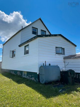 Photo 2: 169 WILSON Road in Reserve Mines: 203-Glace Bay Residential for sale (Cape Breton)  : MLS®# 202120370