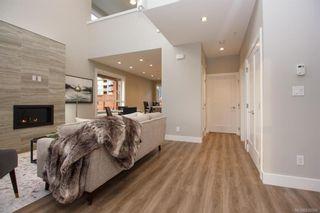 Photo 4: 7950 Lochside Dr in Central Saanich: CS Turgoose Half Duplex for sale : MLS®# 830566